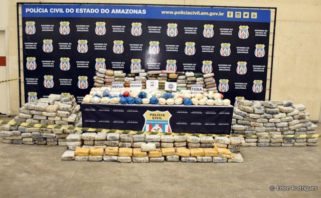 SSP-AM e Polícia Civil apreendem cerca de uma tonelada de drogas