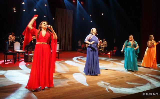"""Lançamento do CD e DVD """"Elas Cantam Samba"""" no Teatro Amazonas"""