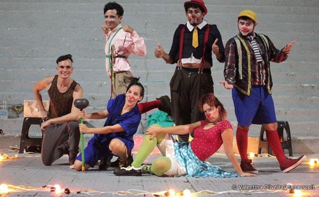 """Projeto """"Roda na Praça"""" promove show de palhaços em Manaus"""