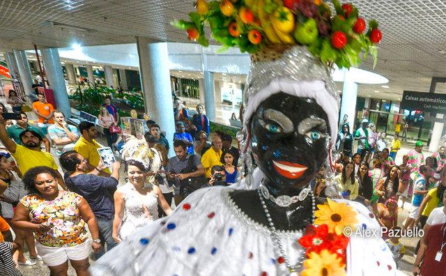 Chegada da Kamélia abre oficialmente o Carnaval de Manaus 2018