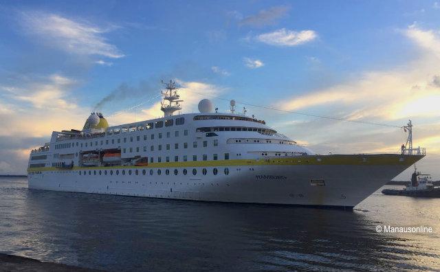 Temporada de Cruzeiros traz turistas alemães e italianos a Manaus