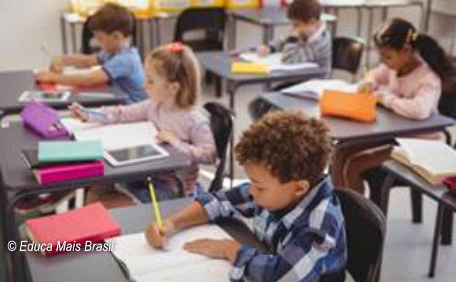 9.490 mil bolsas de estudo estão disponíveis para escolas particulares em Amazonas