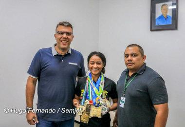 Lutadora amazonense busca títulos do brasileiro e mundial de Jiu-Jitsu