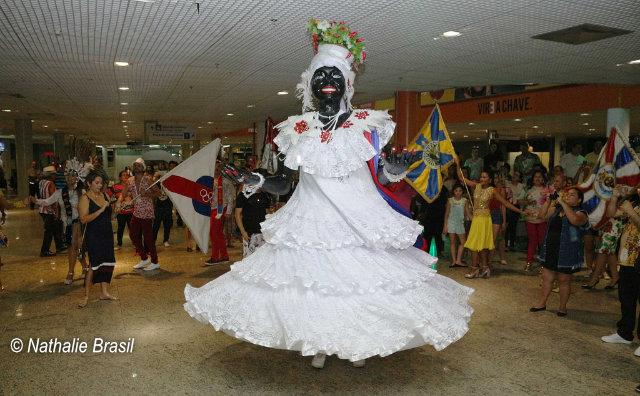 Chegada da Kamélia marca a abertura do Carnaval 2019