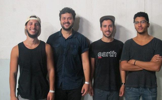 Ícone Produções apresenta Supercombo  + Zimbra no Teatro Manauara