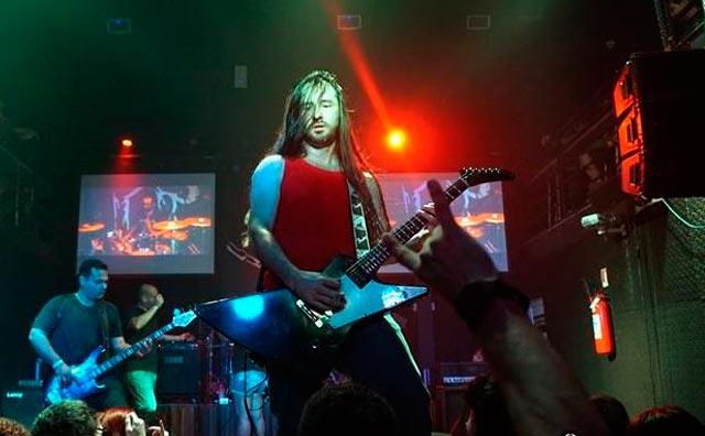 Hits do rock internacional no sábado do Porão