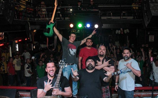 Rock retrô e pop atual na quinta do Porão
