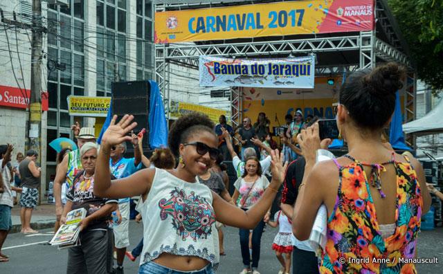 Banda do Jaraqui reúne famílias no clima de Carnaval no Centro