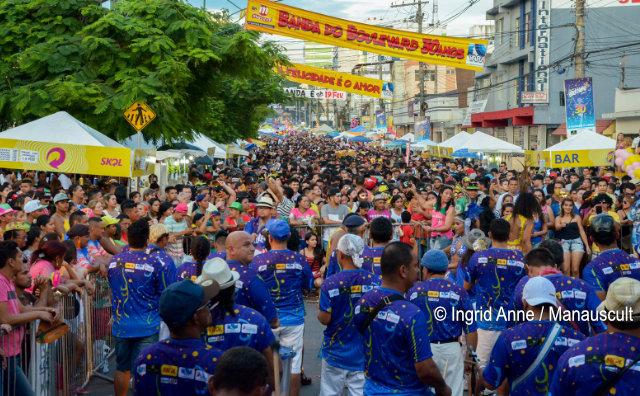 De Norte a Leste, bandas e blocos ocupam ruas de Manaus