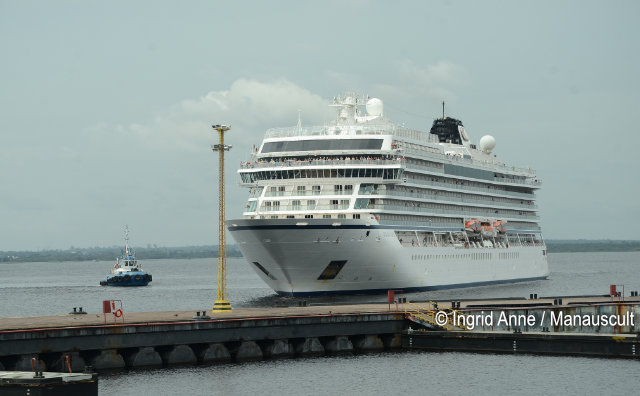 M/S Viking Sky atraca em Manaus com mais de 900 turistas