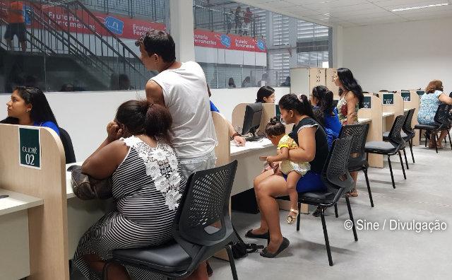 Postos do Sine Manaus oferecem mais de 140 vagas de emprego