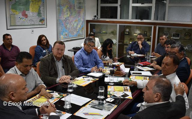 Distrito Agroindustrial e turístico em Rio Preto da Eva é discutido na SUFRAMA