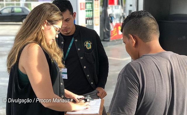 Procon Manaus autua postos de combustíveis por aumento abusivo