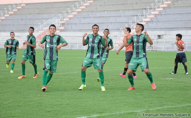 Manaus FC goleia Holanda por 4 a 1