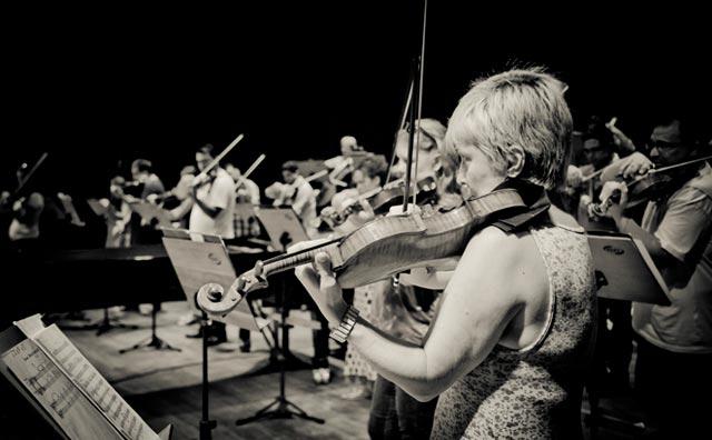Orquestra de Câmara do Amazonas apresenta peças do Modernismo