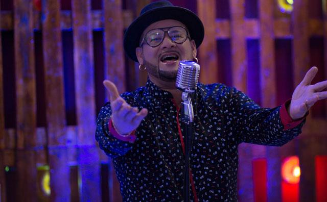 James Rios interpreta Djavan e Roupa Nova neste sábado