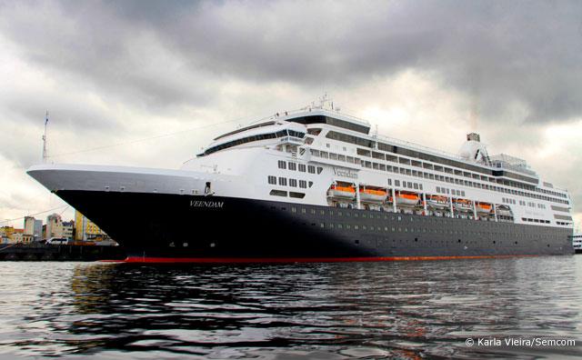 Mais de 1,5 mil turistas desembarcam no Porto de Manaus