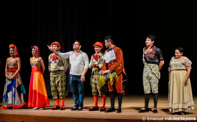 Les Artistes inicia temporada de teatro para infância