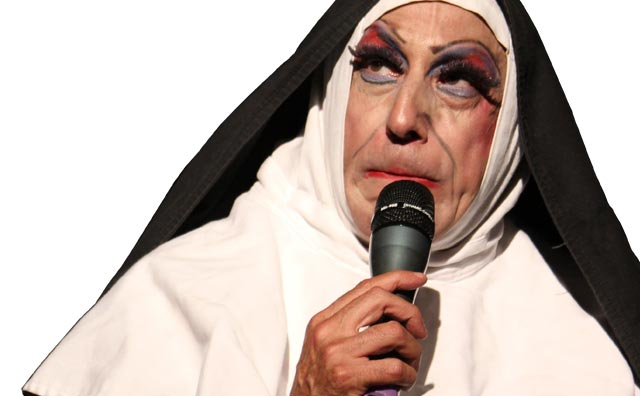 "Octávio Mendes volta a apresentar ""Irmã Selma"" no Teatro Manauara"