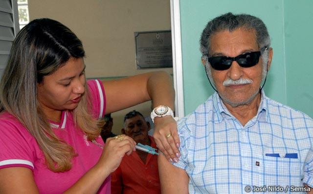 Vacina contra a gripe começa no próximo dia 30
