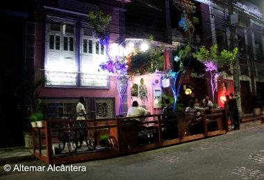 Manaus ganha primeiro Deque Verde, instalado no Centro da cidade