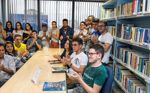 Biblioteca da FIEAM é opção para estudiosos