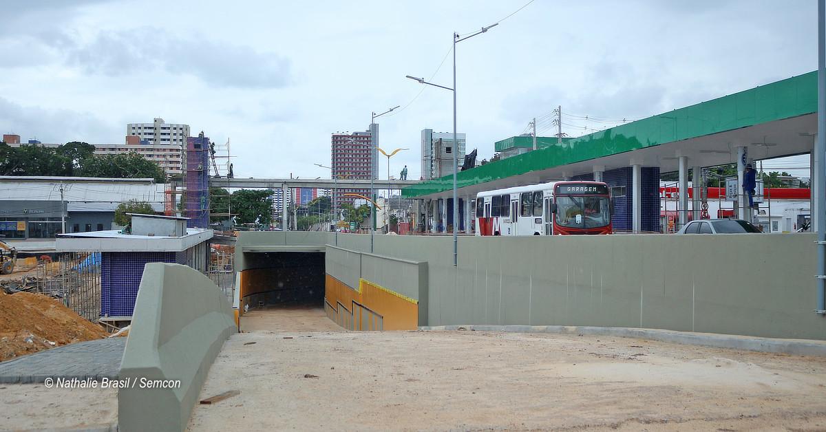 Prefeitura libera o tráfego de veículos no trecho em obra da avenida Constantino Nery