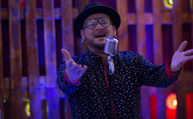 James Rios faz pré-lançamento do 1° álbum solo no Tacacá na Bossa