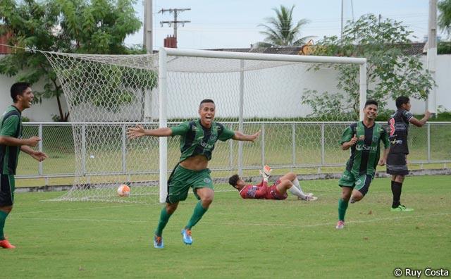 Manaus FC vence Rio Negro por 3 a 2