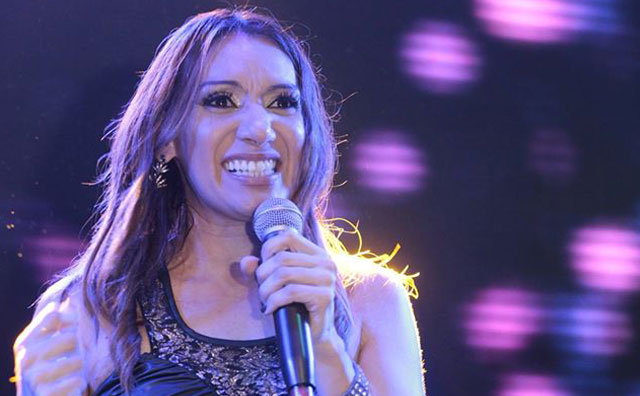 Jôci Carvalho canta grandes sucessos do Sertanejo no Rancho