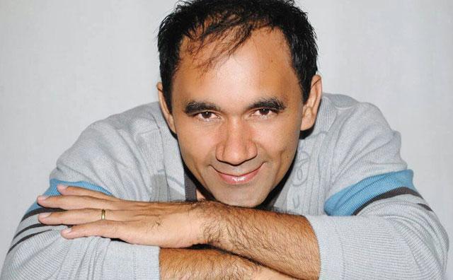 Atração nacional, cantor Jonas Alves comanda o Pé de serra do Moai
