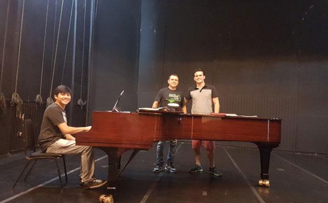 Recital celebra o romantismo no Teatro da Instalação