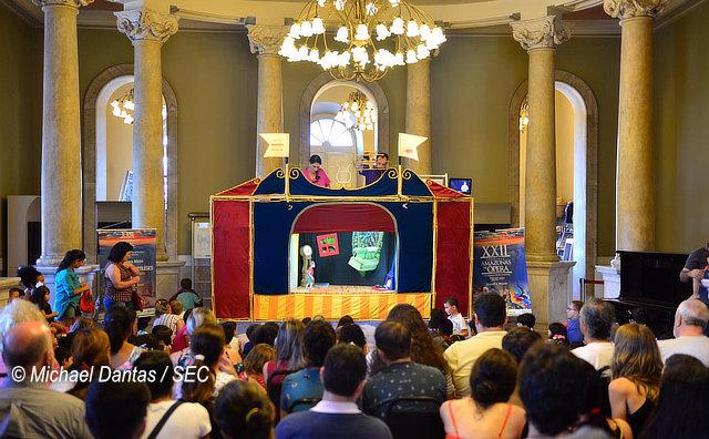Ópera Mirim realiza última apresentação no Hall do Teatro Amazonas