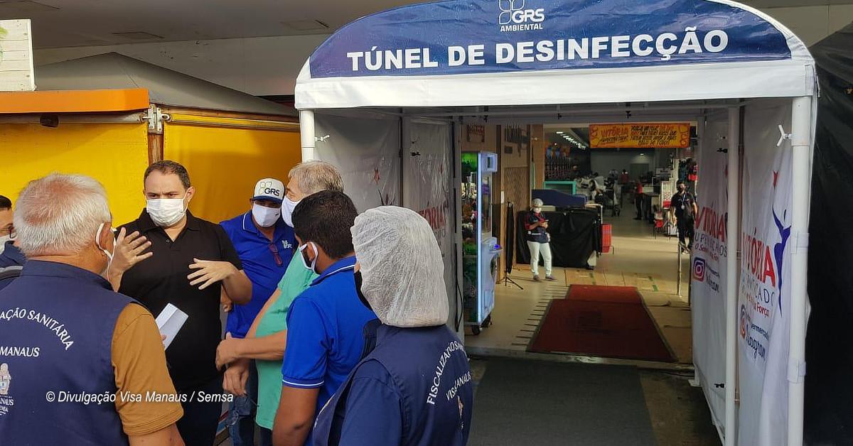 Cabines de desinfecção de pessoas são interditadas em estabelecimentos de Manaus