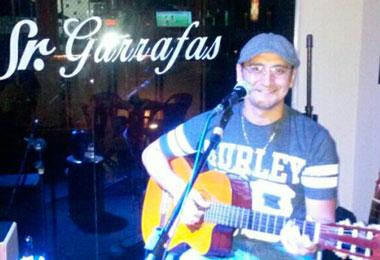 Samba e Futebol no Sr. Garrafas com Randerson Couto