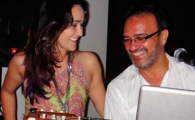 Simone Ávila e Kokó Rodrigues cantam para os namorados
