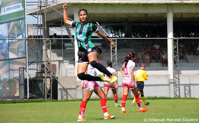Manaus FC goleia Salcomp por 5 a 1 e garante vaga nas semifinais