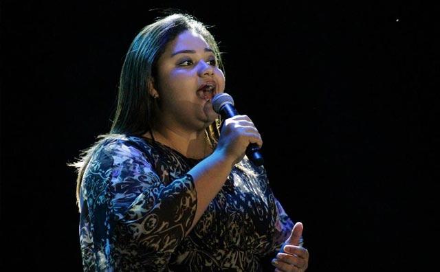 Ketlen Nascimento solta a voz no Sr. Garrafas nesta sexta
