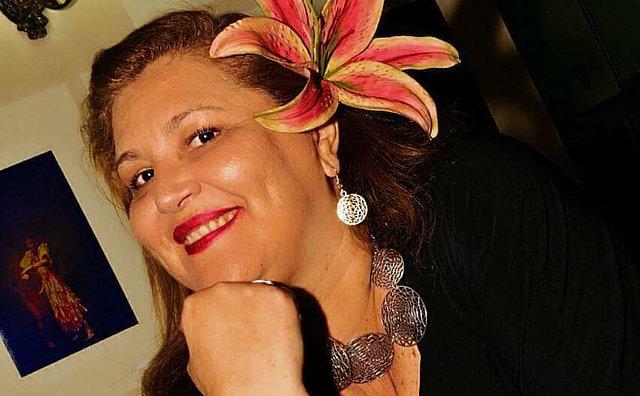 Porto de Lenha recebe Lucilene Castro nesta sexta (12)