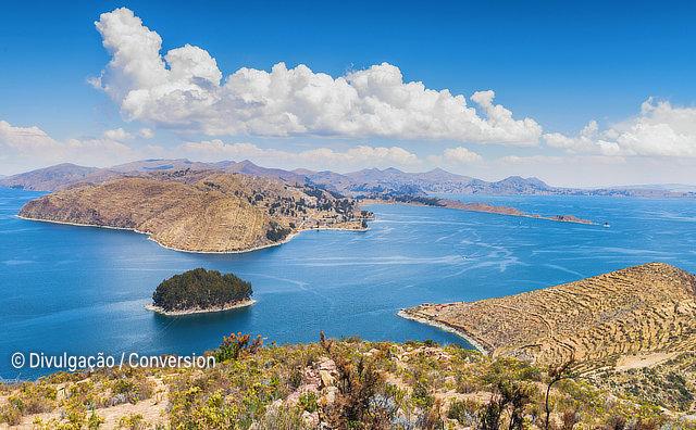 Arqueólogos descobrem templo religioso no Lago Titicaca, na Bolívia