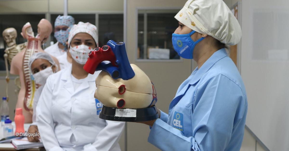 Lei facilita a antecipação de conclusão de curso para Técnicos em Enfermagem