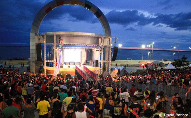 Live Site na Ponta Negra tem orientações de acesso para a população
