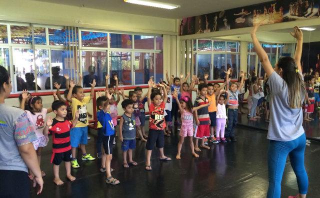 Dia do Bailarino com espetáculos gratuitos