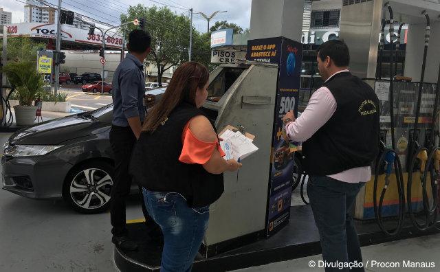 Postos de combustíveis são alvos de fiscalização