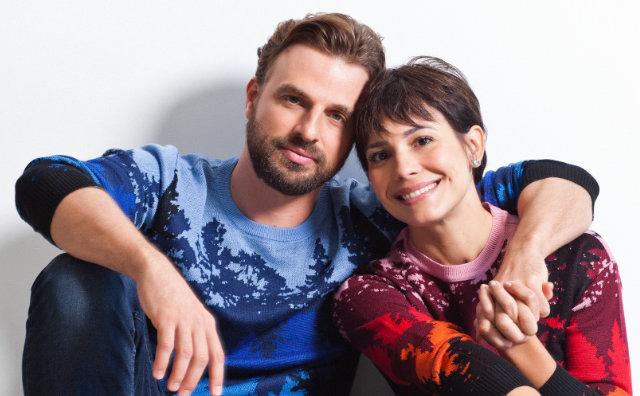 """Comédia romântica """"Em casa a gente conversa"""" no Teatro Amazonas"""