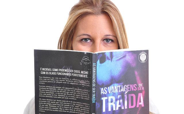 Escritora gaúcha participa de Clube do Livro, na Livraria Saraiva, domingo
