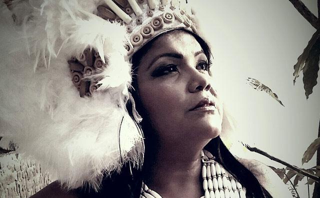 Márcia Siqueira: 30 anos de carreira