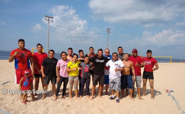 Lutadores se preparam para Campeonato de Beach Wrestling