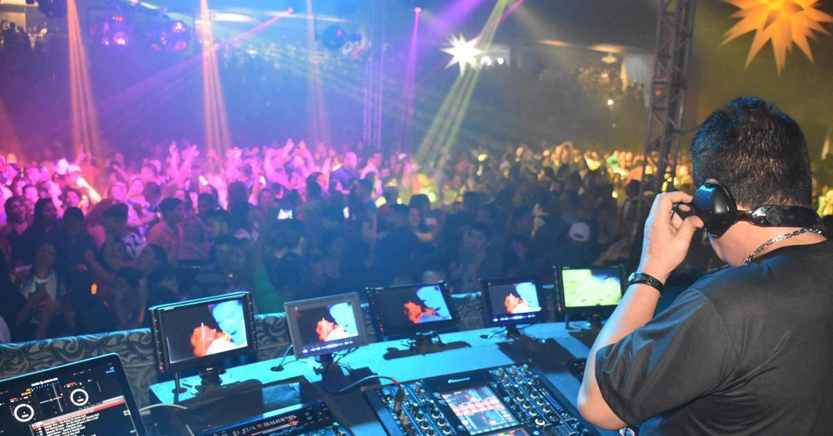 Festa revive sucessos do eurodance em Manaus