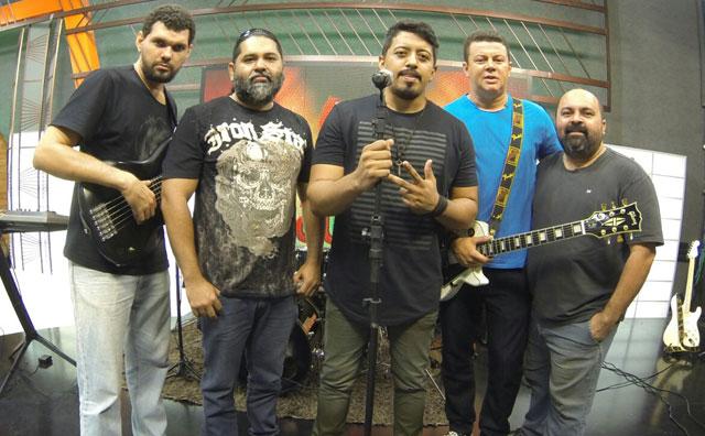 Quarta rock com Official 80 e Rahvox no Porão